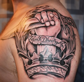 shoulder-tattoos-crown